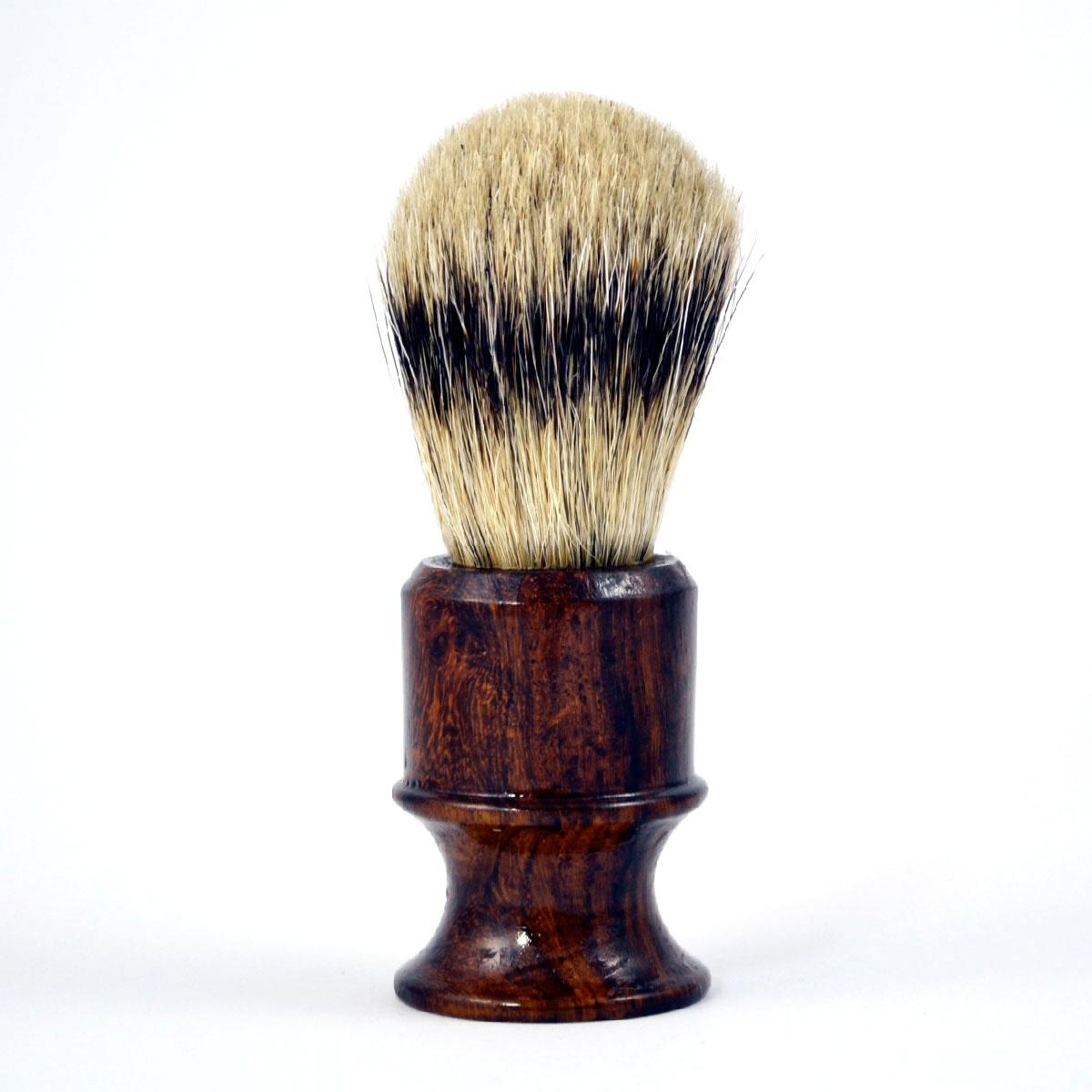 Metzger Кисточка для Бритья из Барсучьего Волоса с Деревянным Темно-Коричневым Основанием